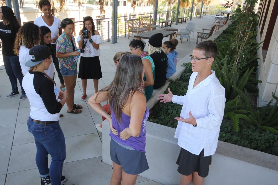 Break moment at Stanford. Judith Sheridan in foreground (photo: lisahunter)